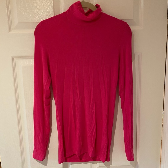 Aritzia Wilfred Only Pink turtleneck